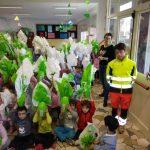 Donate 300 uova di cioccolato agli asili per aiutare la Croce Verde e l'acquisto dell'auto infermieristica